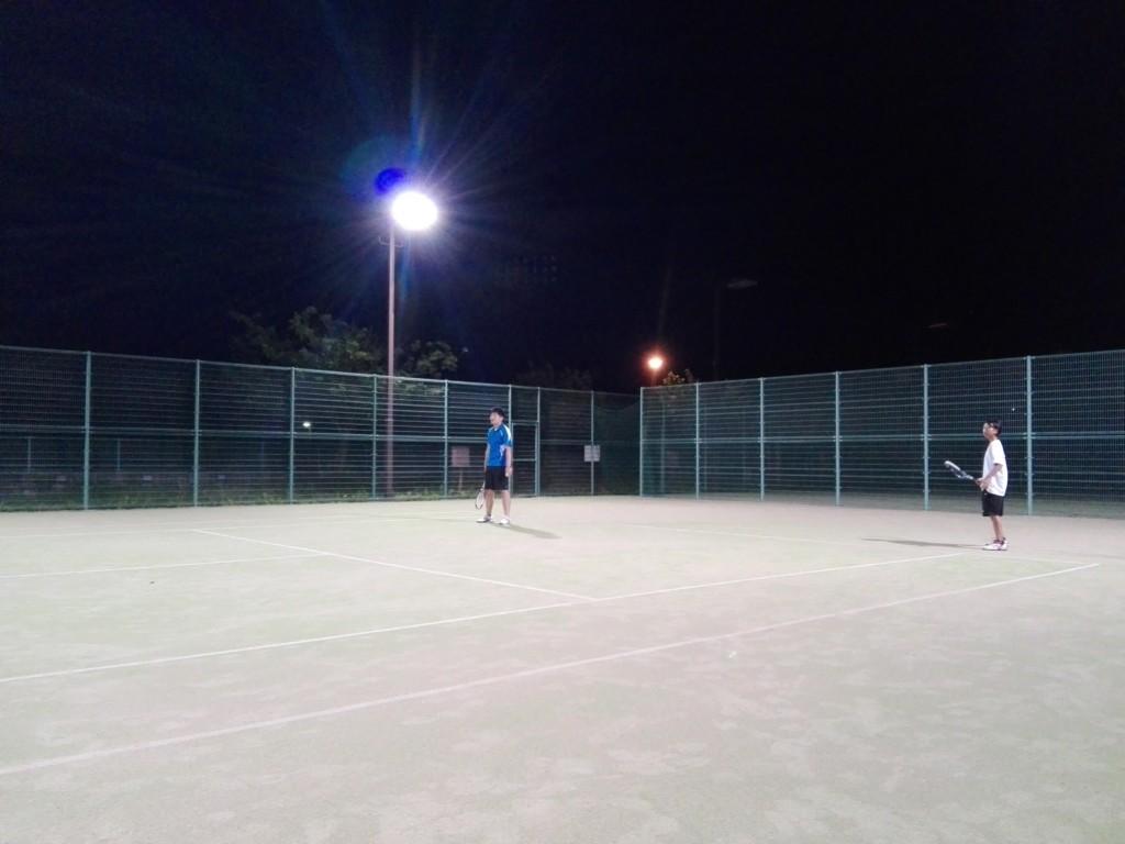 滋賀県東近江市きぬがさ公園テニスコート