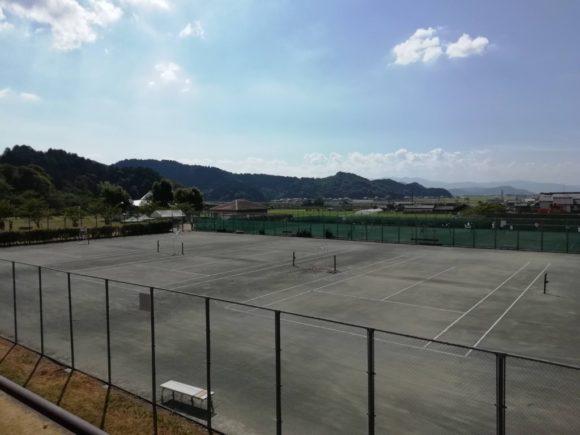 滋賀県東近江市 やわらぎの郷公園・テニスコート