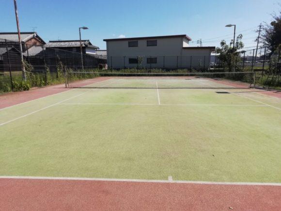テニスコート整備 防球ネット回収